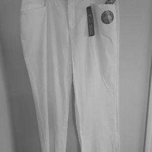 JM Collection White Pants SZ 16R Slimming